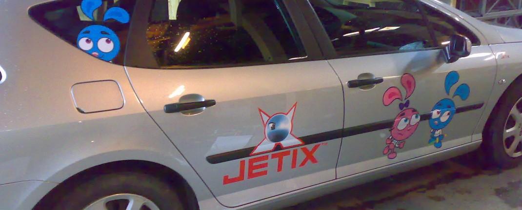 Bilreklame til Jetix, printet og konturskåret